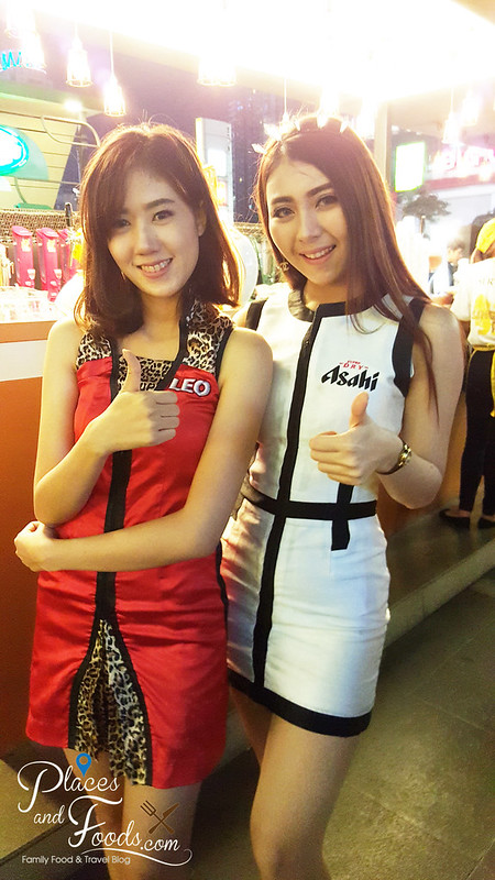 singha beer garden bangkok girls