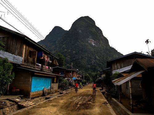 Muang Ngoi: la rue prinicpale
