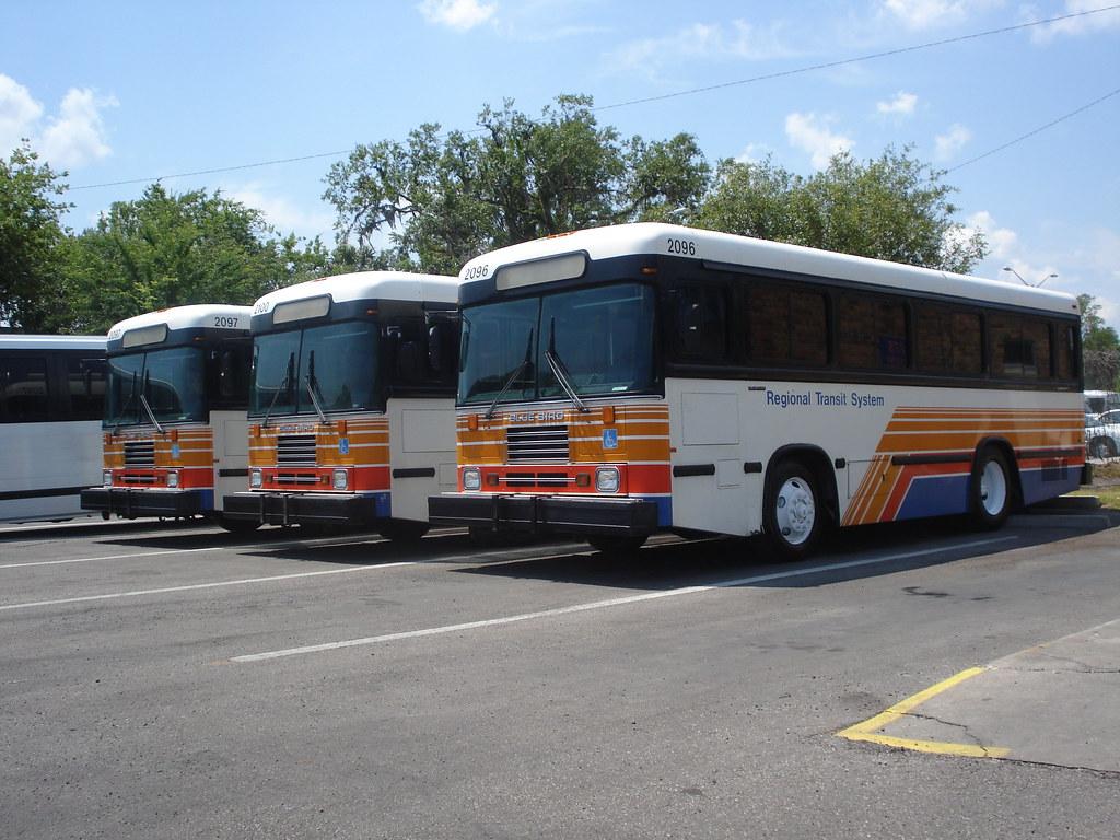 Blue Bird 1996 in Gainesville Regional Transit System