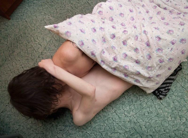 戰鬥民族沈浸在性與毒品中的青春紀實:嗨皮就好26