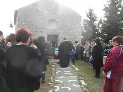 Πρωί στο εκκλησάκι Παρμένι της Ψίνθου