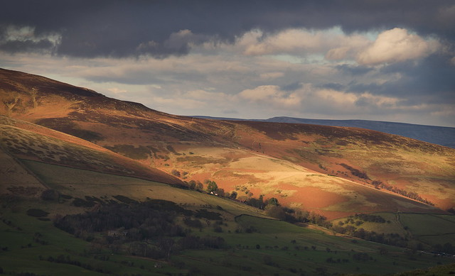 Ever Changeing Edale Valley Light