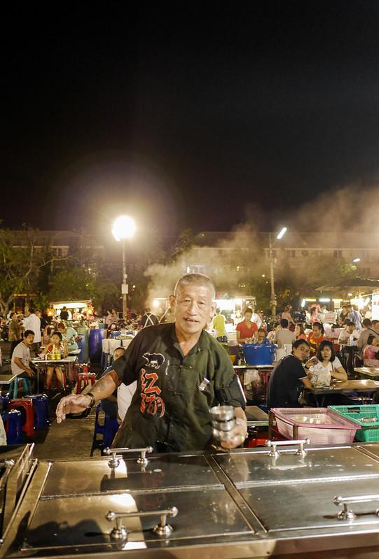 Phra Pathom Chedi_Night_Market_17