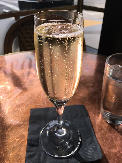 Sparkling wine - Absinthe