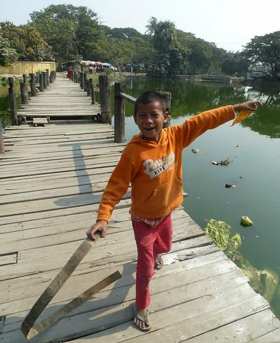 B16-Bilan-Jeunes-Mandalay-Quartier des moines (66)