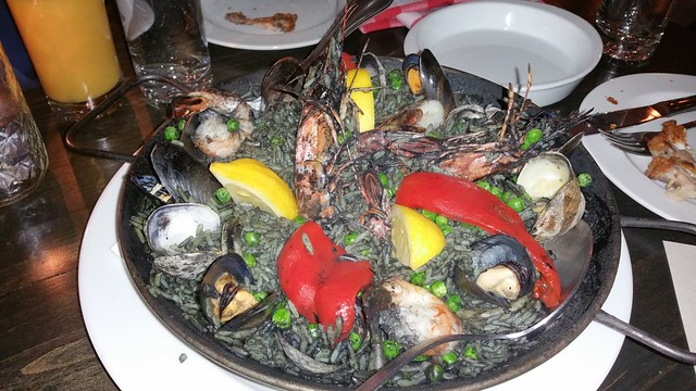 2016-Mar-25 Bodega on Main - paella negra