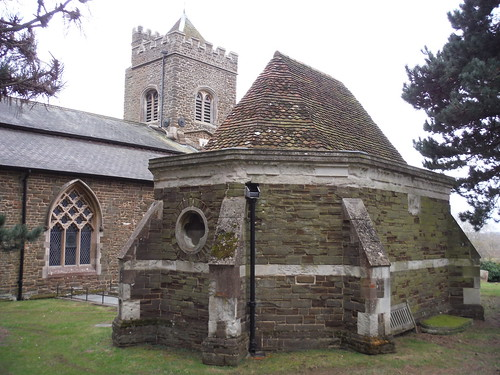 Ailesbury Mausoleum & Crypt with St. Mary the Virgin Church, Maulden