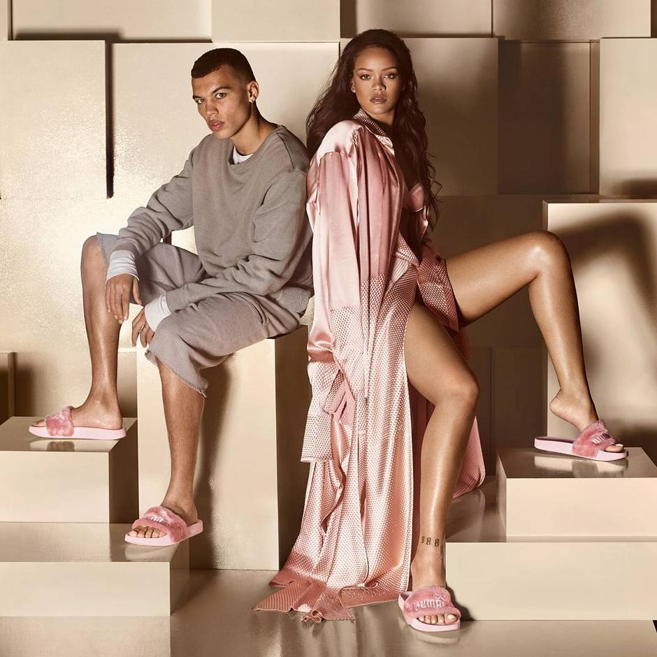 rihanna-pink-puma-fur-slippers
