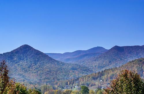 autumn trees mountains color fall colors leaves ga georgia season us smalltown northgeorgia hiawassee