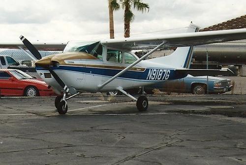 N9187G Cesna 182 (Tucson 28-10-2000)