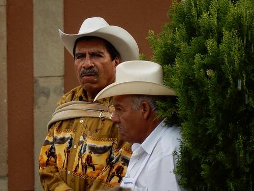 Guanajuato - Plaza de San Fernandi - caballeros