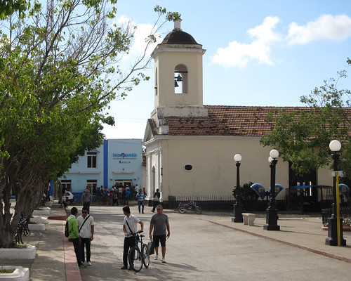 Trinidad: l'église San Francisco de Paula (sur la Place Cespedes)