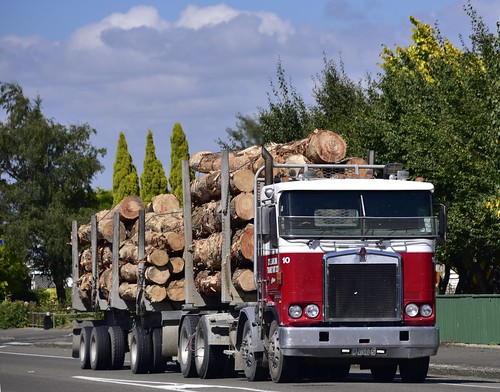 2001 newzealand truck diesel 10 transport engine clive ltd wanganui kenworth manawatu dannevirke deakin k104 manawatuwanganui 15000cc anb405