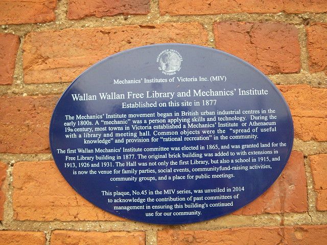 Photo of Wallan Wallan Free Library and Mechanics' Institute blue plaque