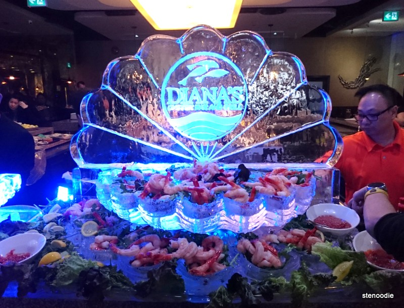 ice sculpture with shrimps