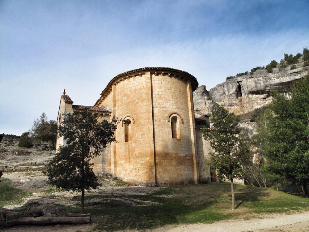 ermita san bartolomé_arquivoltas_siglo XIII_silllería