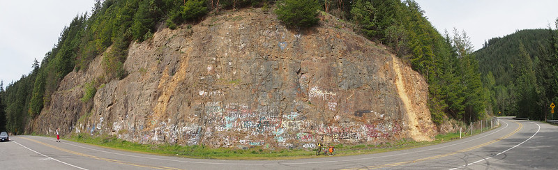 Mountain Highway (SR-7) Graffiti