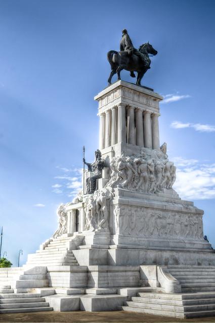 Monumento a Maximo Gomez