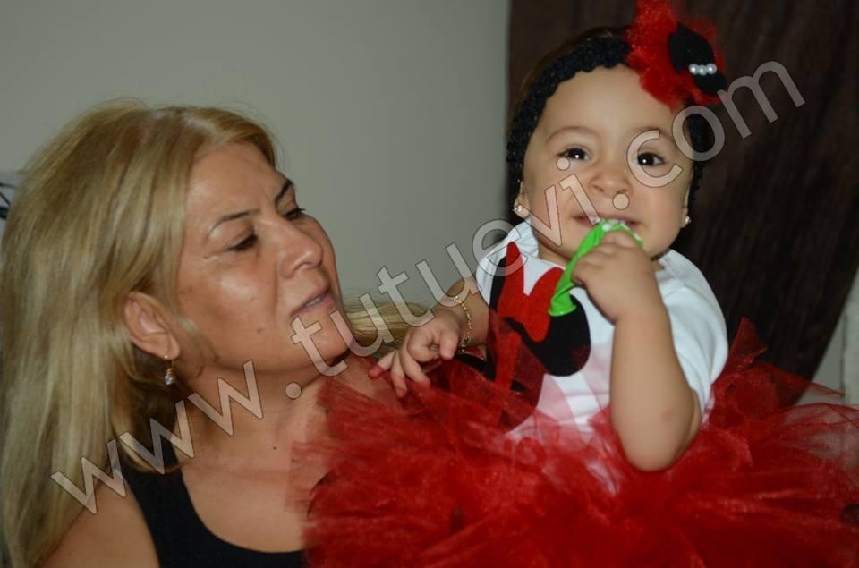 Minik Nur, annesinin isteği üzerine ona hazırladığımız yeni tütü takımı ile doğum gününü kutladı. Kendisine sağlıklı ve mutlu nice yaşlar diliyoruz. Doğum günü fotoğraflarını bize göndererek mutluluklarını paylaşan Mehtap Hanıma da çok teşekkür ediyoruz.