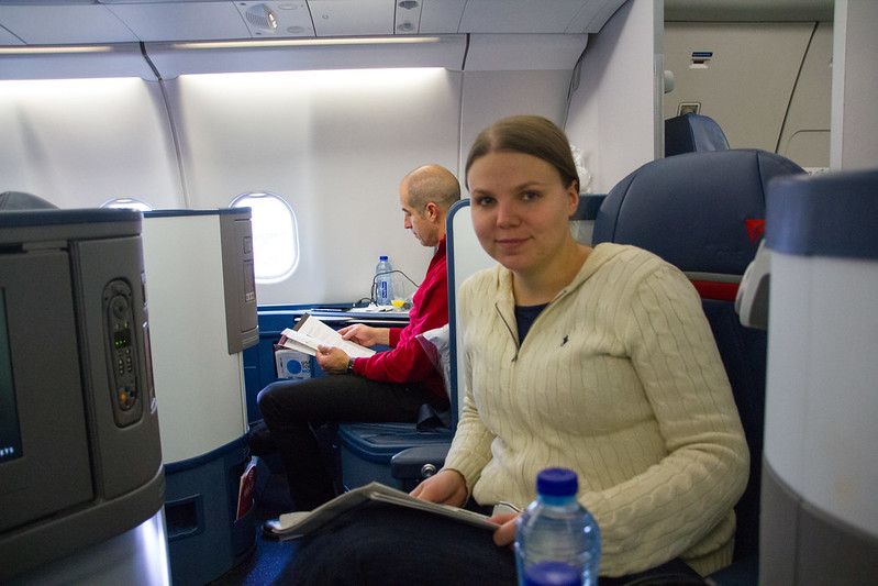 Jenni in Delta business class