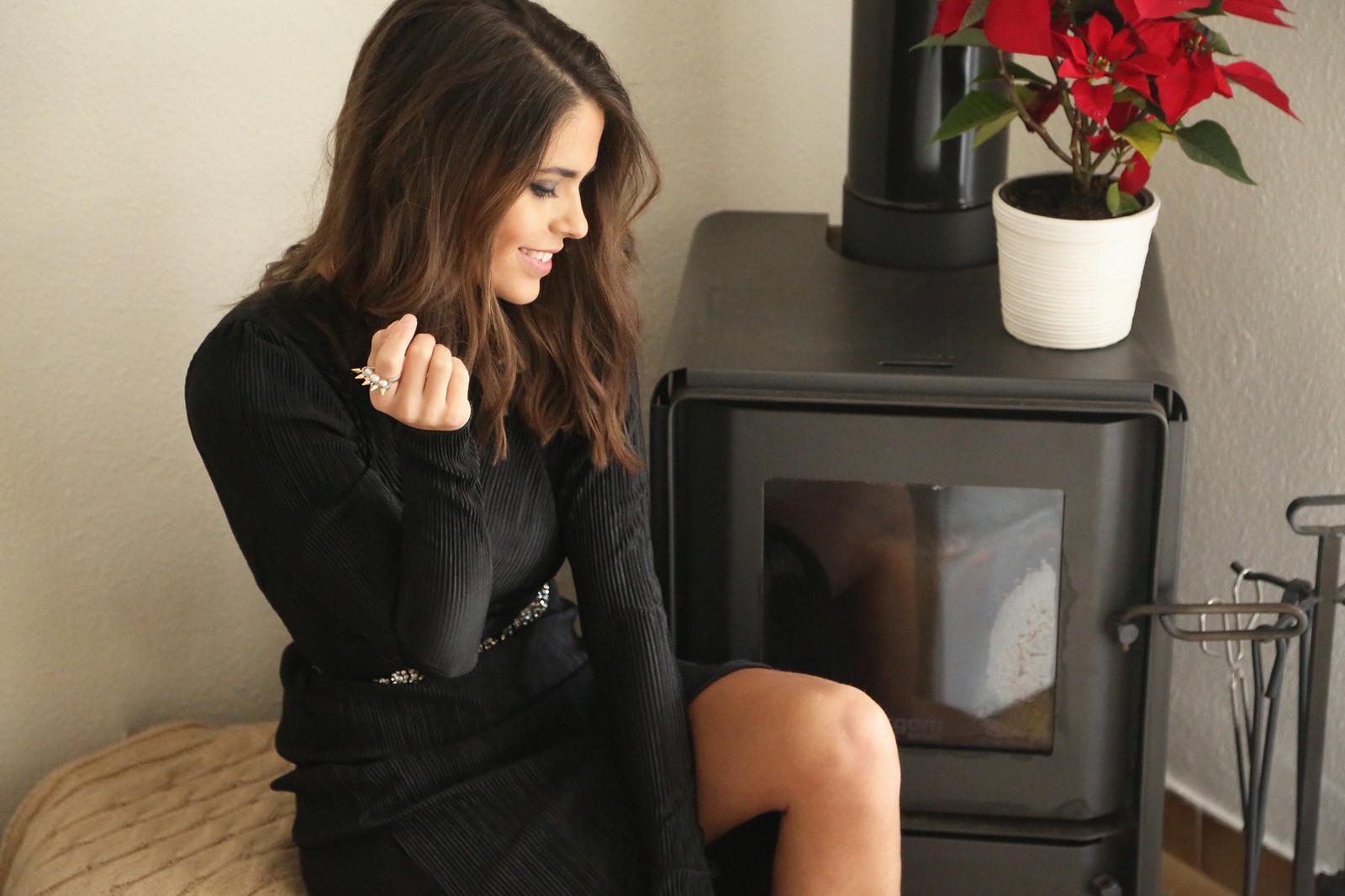 majorica joyas black long dress - jessie chanes 2