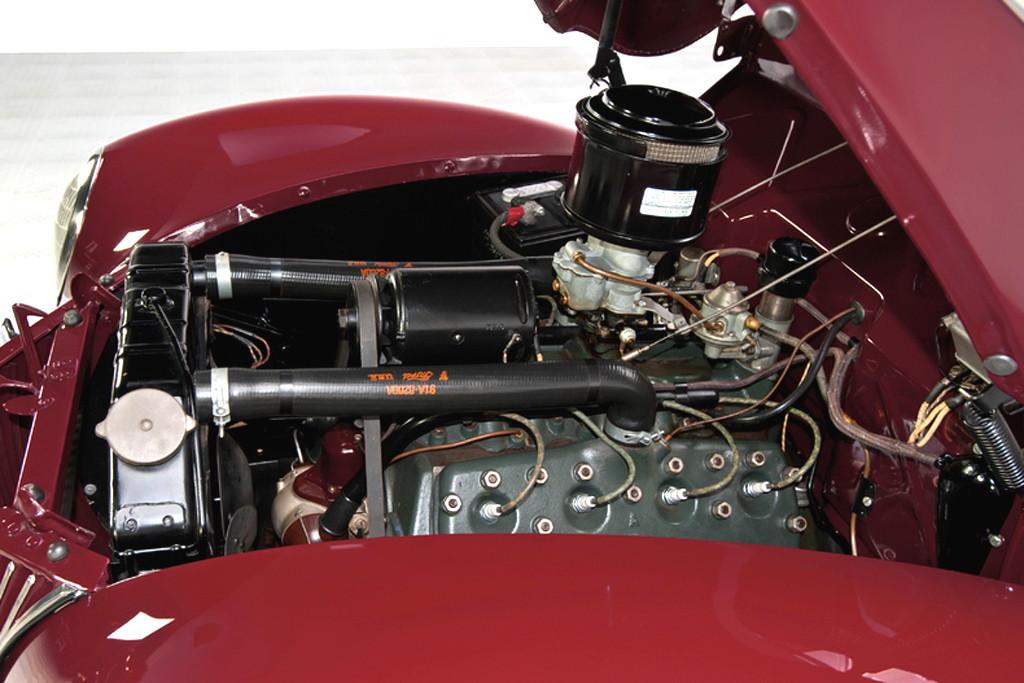 39017_J Ford Deluxe 221CI Flathead V8 3SPD Convertible Sedan_Burgundy