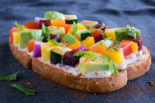 mosaic avocado toast