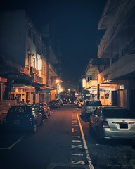 Port Louis by night has always been a source of inspiration for me. I guess that glaucous feel of deserted streets has something to do with that! #VSCOcam #roamingdodos