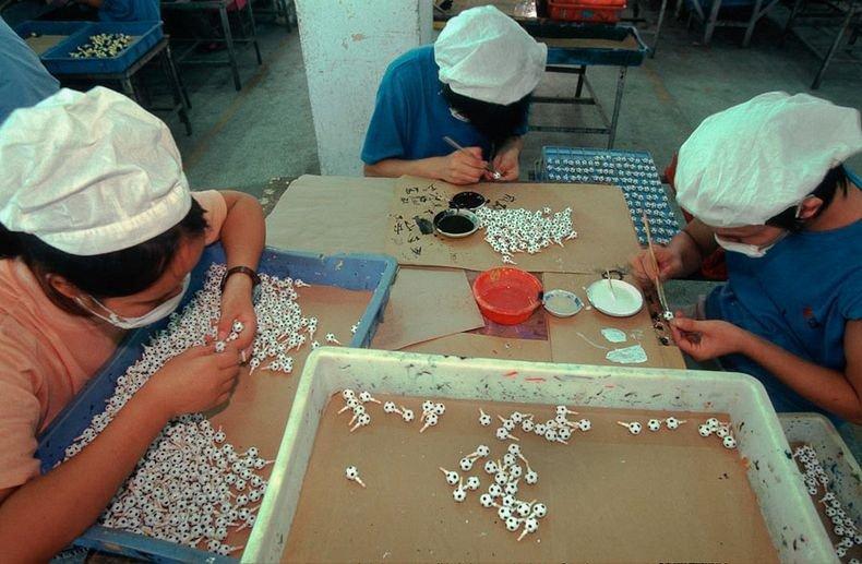 Toy Story︰中國女工與她所製作的玩具12