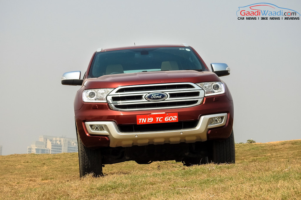 2016 ford endeavour 3.2 Review front view