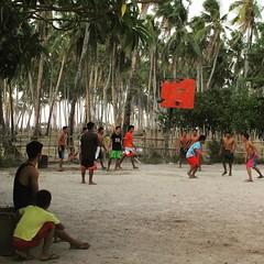 Der Nationalsport auf den Philippinen ist übrigens Basketball
