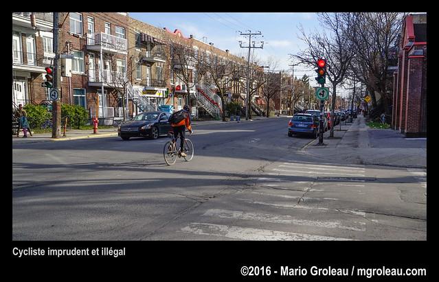 Cycliste imprudent et illégal