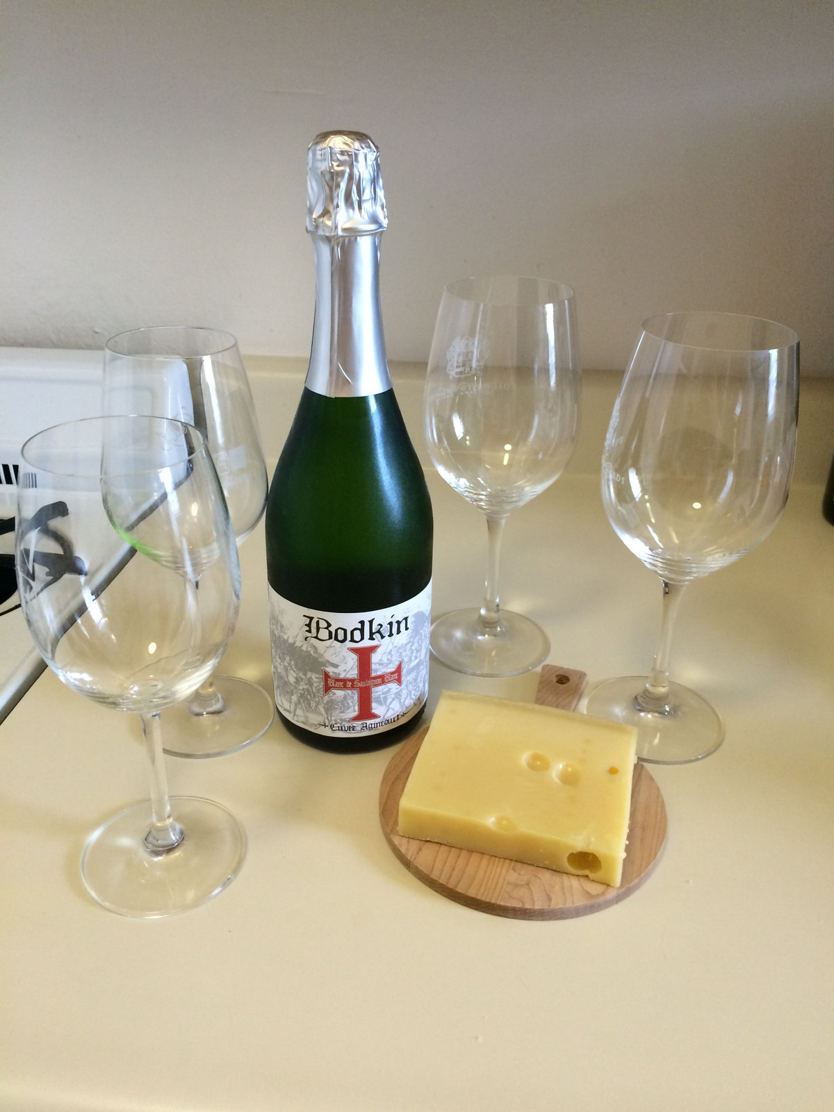 Bodkin Blanc de Sauvignon Blanc and Emmentaler Cheese 1