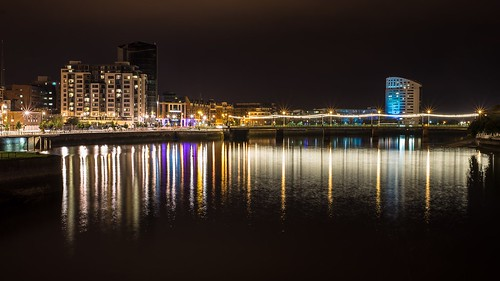 city ireland reflection night waterfront limerick 2015 rivershannon sarsfieldbridge luimneach 201509061343101crop