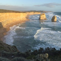The 12 Apostles looking east on the Great Ocean Road. What you see is what you get -- light, shadows, hues and all. The epicenter of one of the world's more remarkable coastal road trips. Felt like Oz. #Australia