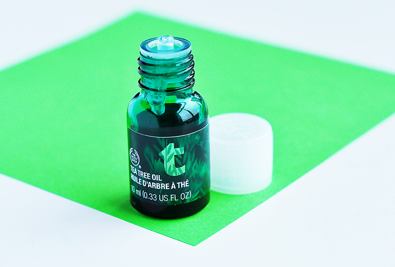 stylelab-beauty-blog-how-to-get-rid-of-a-pimple-fast-the-body-shop-tea-tree-oil