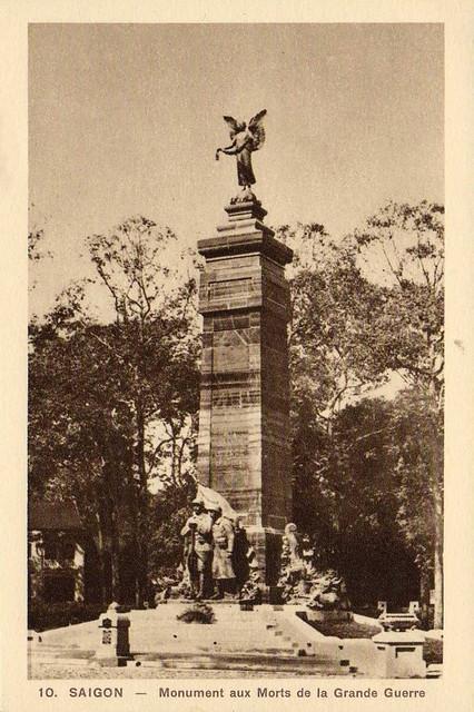 SAIGON - Monument aux Morts de la Grande Guerre