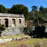 Ikaria's remotest hinterland 39 - old house on the trail near the church