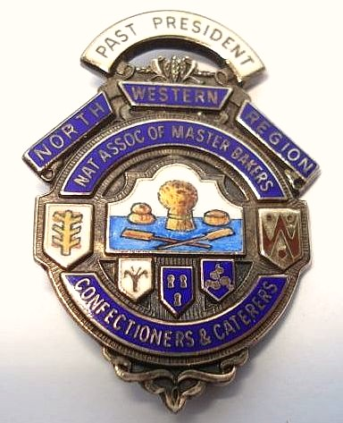 National Association of Master Bakers, Confectioners & Caterers (North West Region) - Past President badge (c.1987)