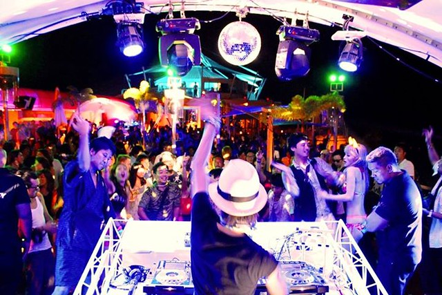 Beach party at Ibiza Beach Club (3)