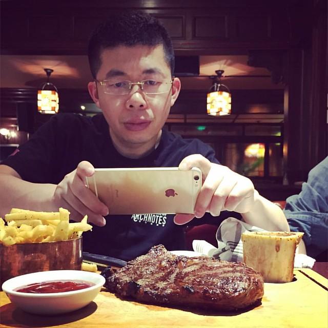 @t1myang in Molly Malone #VSCOcam #steak