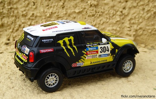 Ixo 1/43 MINI All4 Racing Dakar 2014 - Nani Roma