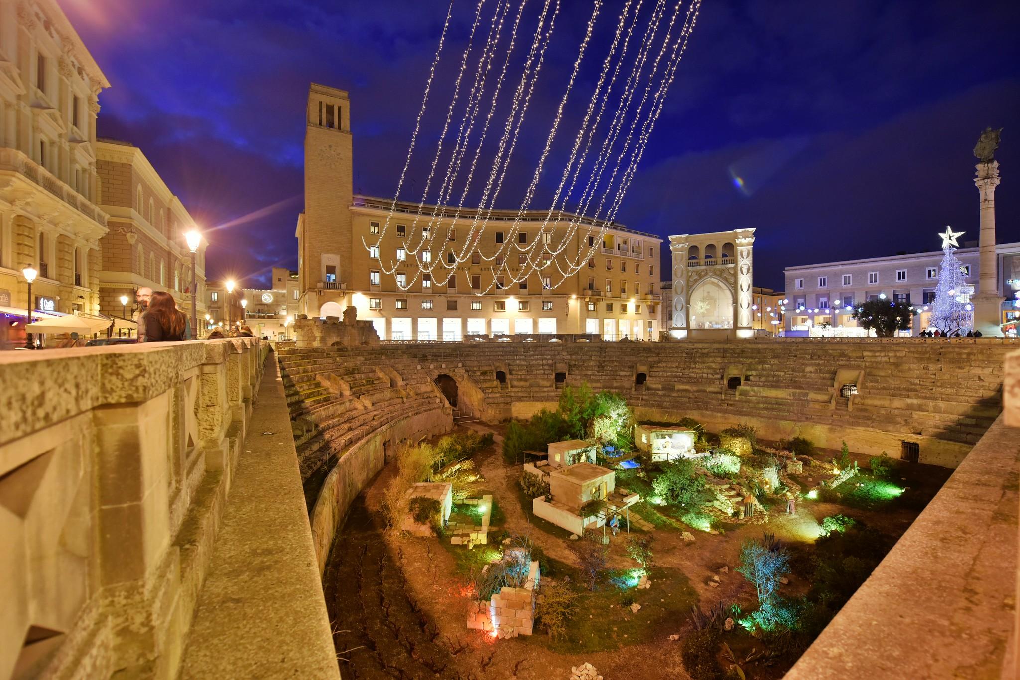 Piazza Sant'Oronzo, Lecce,  Puglia, Italy, January 2016_508