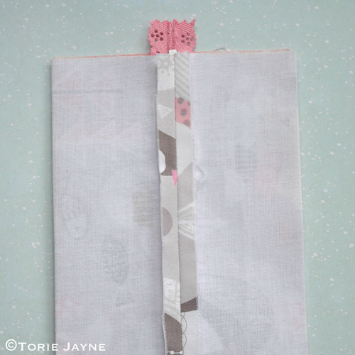 Lace zip boxy pouch tutorial 10
