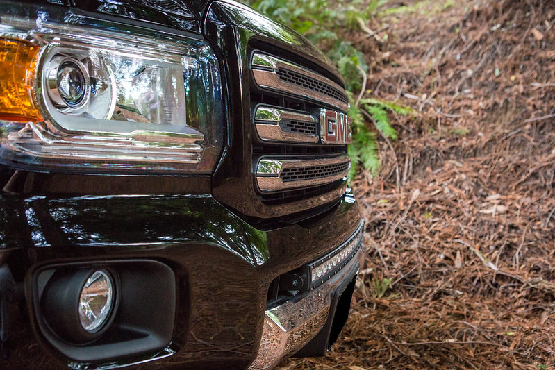 Totron 30 curved single row light bar pics chevy colorado gmc a quick trip to the hardware store and some l brackets and here is what i ended up with and i am completely stoked on it what do you guys think aloadofball Gallery