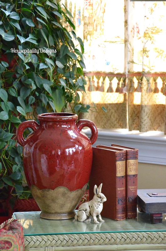 Red Olive Jar/Vintage Dickens Books - Housepitality Designs