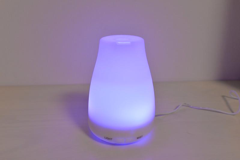 Golden Rayアロマディフューザー超音波式 加湿器 多色変換LEDライト付き 自動停止機能搭載