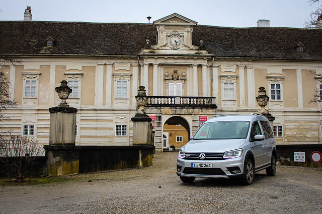 2016-02-10 VW Caddy Alltrack