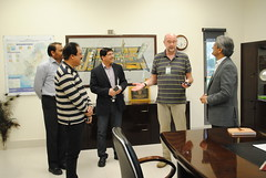Inamullah Naveed Khan  briefing Mr. Carten Mueller and Wajid Junejo on Engro Fertilizers Plant