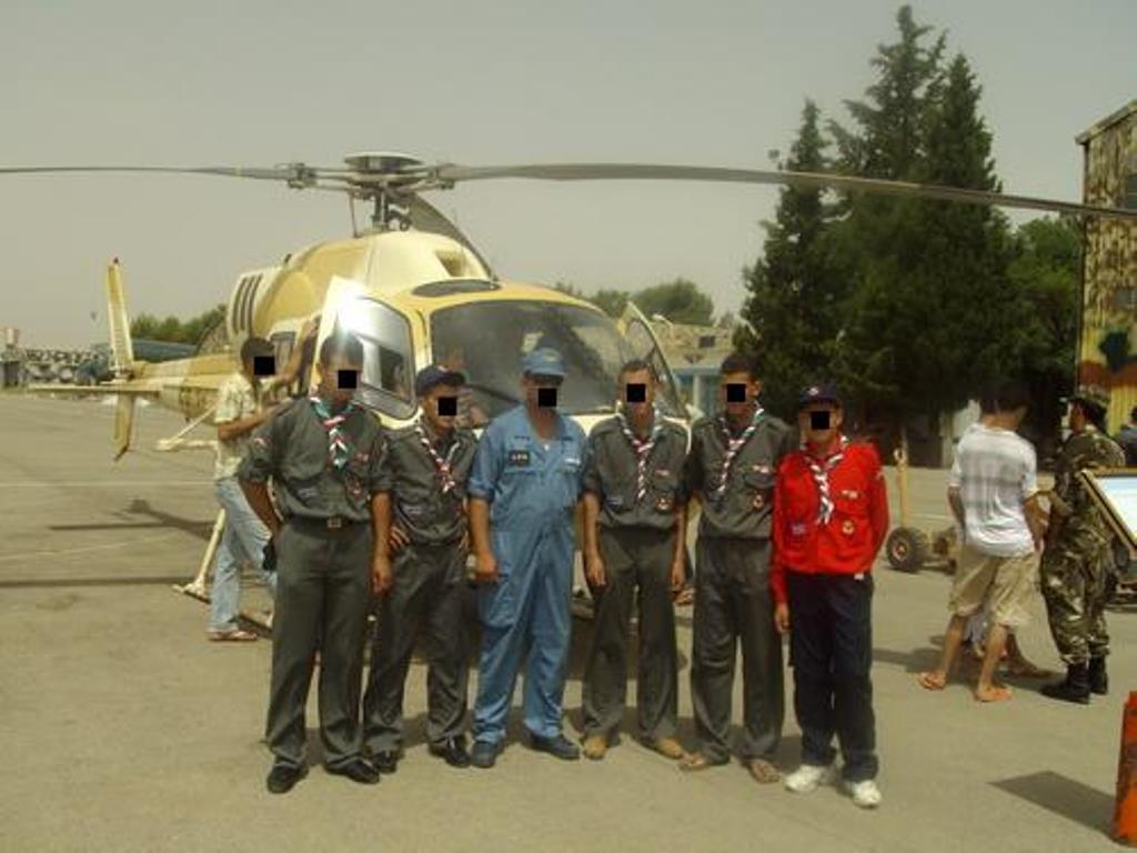 صور مروحيات القوات الجوية الجزائرية Ecureuil/Fennec ] AS-355N2 / AS-555N ] - صفحة 2 25822766870_794dfc0431_o